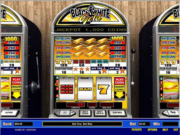 Black and White Gold slot screen